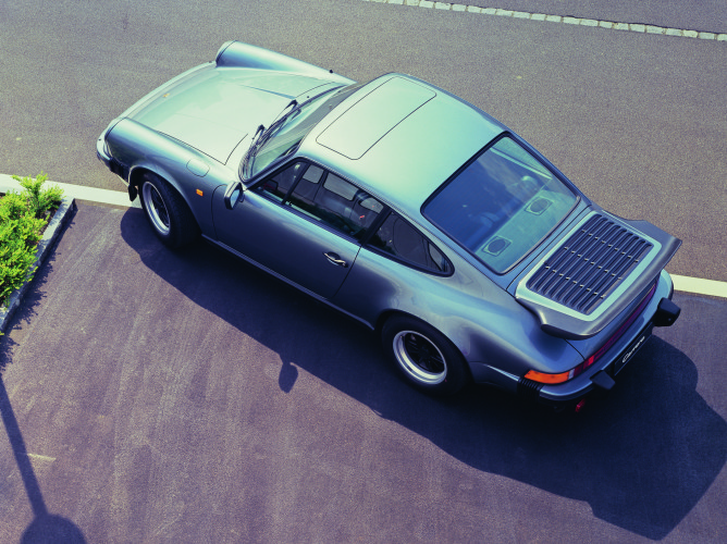 3) Porsche-911