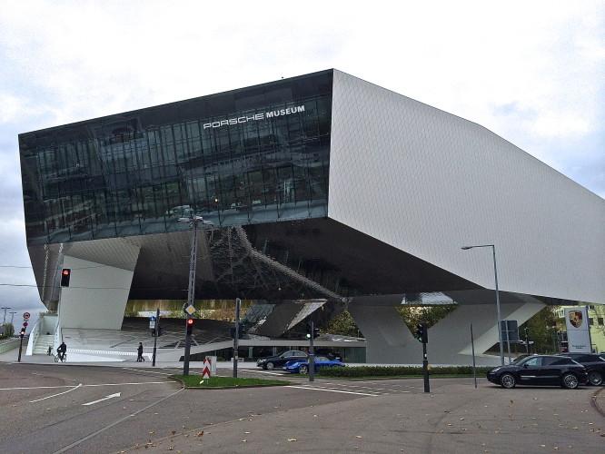 0) Porsche-Museum
