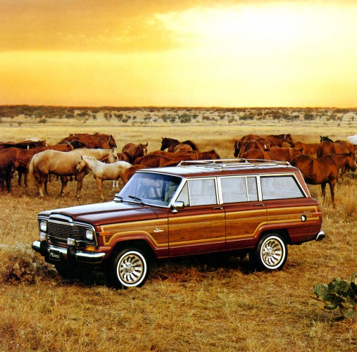 1984_Jeep_Grand_Wagoneer