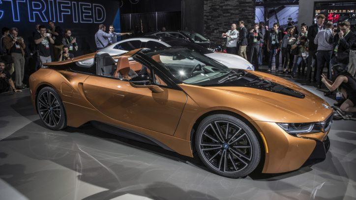 01-2019-bmw-i8-roadster-la-1